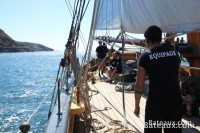 The crew on the deck of La Recouvrance
