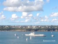 La Jeanne in the Brest Narrows - 3